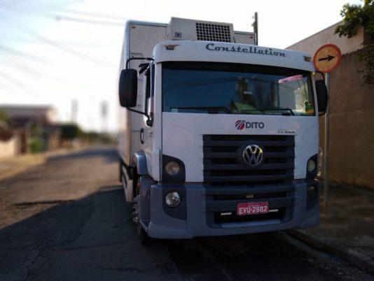 Caminhão Dito Transportes